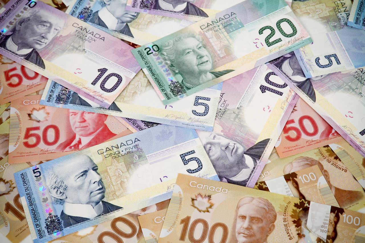 Pożyczki-gotówkowe-oferty-wniosek-umowa-koszty